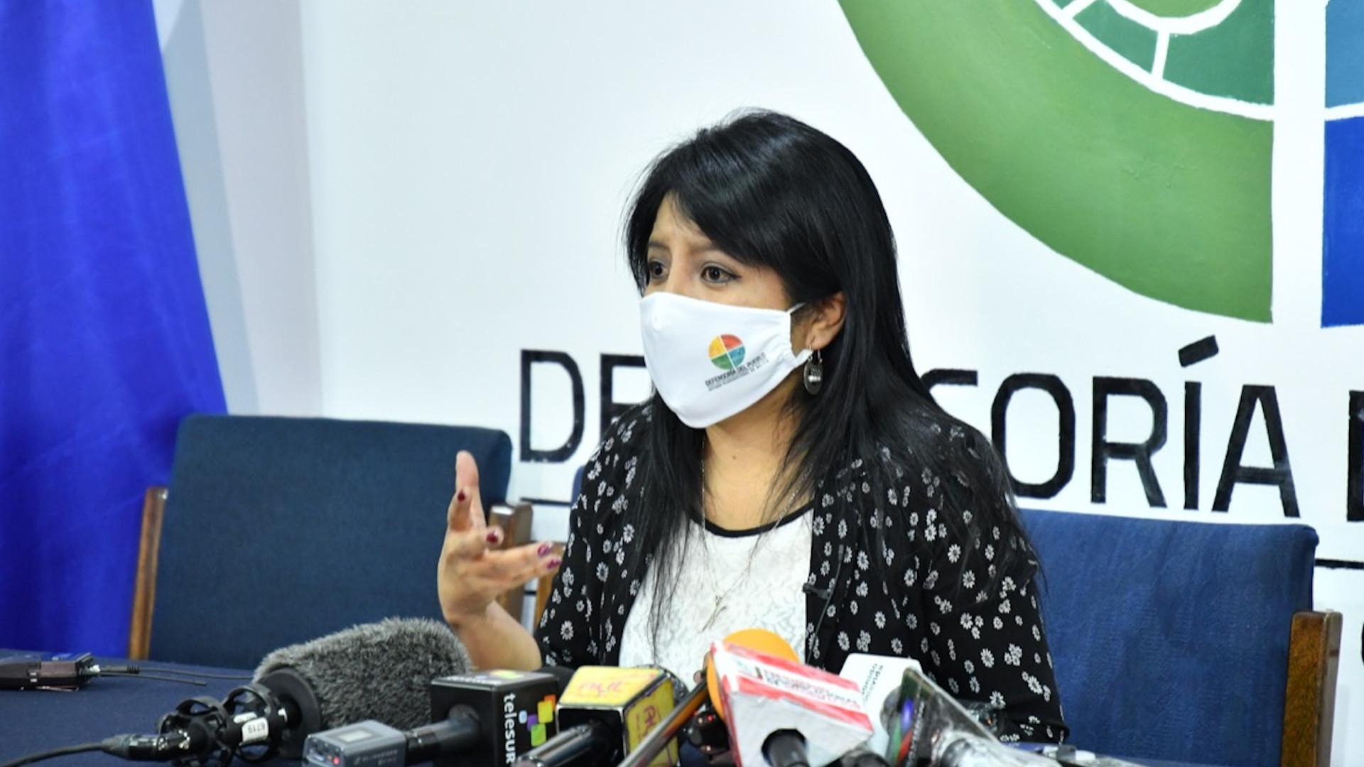 """Gobierno de facto desconoce a Defensora del Pueblo porque no sería """"legítima"""""""